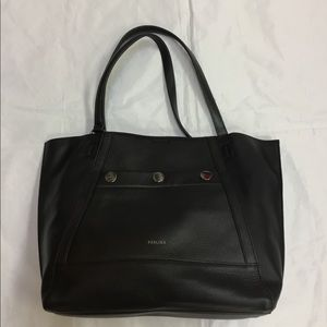 Perlina Black Leather Shoulder Bag